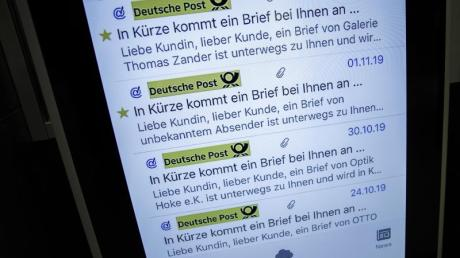 Mit einer Digitalisierungsinitiative will die Deutsche Post den Versand und Empfang von Briefen und Paketen erleichtern. Die Sendungen sollen besser nachverfolgbar sein.