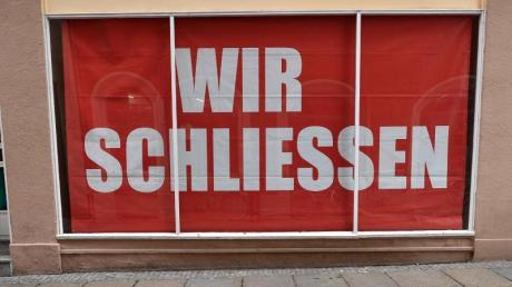 Wegen der Corona-Kris müssen zahlreiche Geschäfte in Deutschland für einige Zeit schließen. Für die Besitzer kann das den finanziellen Ruin bedeuten.
