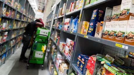 Bisher kauften Verbraucher in Deutschland Lebensmittel lieber im Supermarkt oder beim Discounter. Doch seit Ausbruch des Coronavirus sind Online-Lieferdienste immer mehr gefragt.