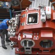 Die Augsburger Renk AG ist einer der profitabelsten Maschinenbauer in Deutschland. Noch muss das Augsburger Unternehmen nicht zum Instrument der Kurzarbeit greifen.
