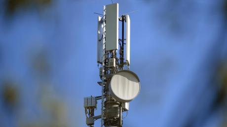 Mobilfunkausbau ja, aber wie? Die Telekommunikationskonzerne schlagen vor, dass zuerst die Kommunen aktiv werden müssen.