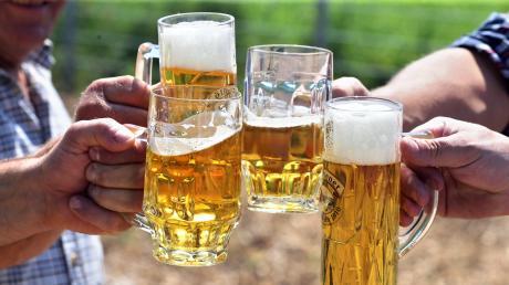 Für Brauereien ist die Corona-Krise eine Herausforderung. Die Absätze im Einzelhandel können Verluste aus anderen Geschäften nicht ausgleichen.