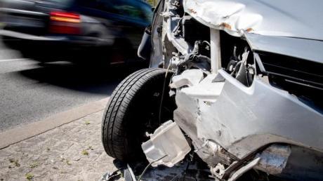 Wer durch einen Verkehrsunfall beeinträchtigt ist, kann einen Haushaltsführungsschaden verlangen.