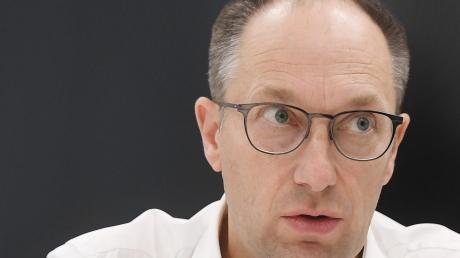 Kuka-Chef Peter Mohnen muss das Unternehmen durch schwierige Zeiten steuern.