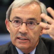 Er ist der Vordenker für das griechische Aufbauprogramm: Ökonomie-Nobelpreisträger Christopher Pissarides leitet eine Expertenkommission der Regierung.