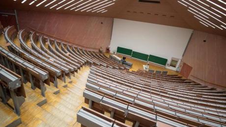Auch im Wintersemester bleiben die Hörsääle wohl größtenteils leer: Da fällt es Erstsemestern schwer, Anschluss an die Hochschulkultur zu finden.
