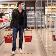 Über Ostern gelten besonders strenge Corona-Regeln: Lebensmittelläden dürfen am Karsamstag zwar öffnen - am Gründonnerstag aber nicht.