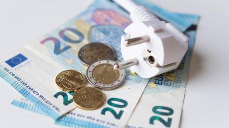 Strom und Gas können ins Geld gehen. Oft lässt sich mit einem Wechsel zu einem anderen Anbieter Geld sparen.