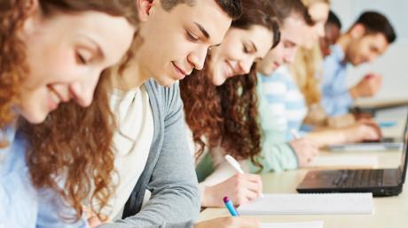 Das EU-Austauschprogramm Erasmus+ wird ausgeweitet. Junge Menschen mit Behinderung und aus sozial schwachen Familien profitieren.