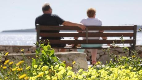 Entspannt genießen? Beim Vermögen sind die bayerischen Senioren die Spitzenreiter in Deutschland.