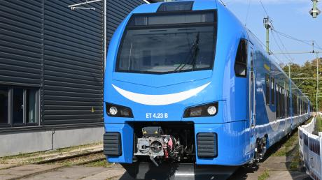 Stadler-Züge sollten München und Lindau verbinden.