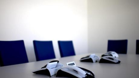 Arbeitgeber können die Mitglieder des Betriebsrats während der Corona-Pandemie in der Regel nicht dazu zwingen, ihre Sitzung in Präsenz abzuhalten.