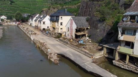 Nicht nur in Mayschoß in Rheinland-Pfalz wurden viele Häuser bei der Hochwasserkatastrophe komplett zerstört oder stark beschädigt.