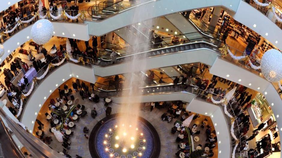 Verbraucher: Verbraucher sind von Weihnachtskaufrausch genervt ...