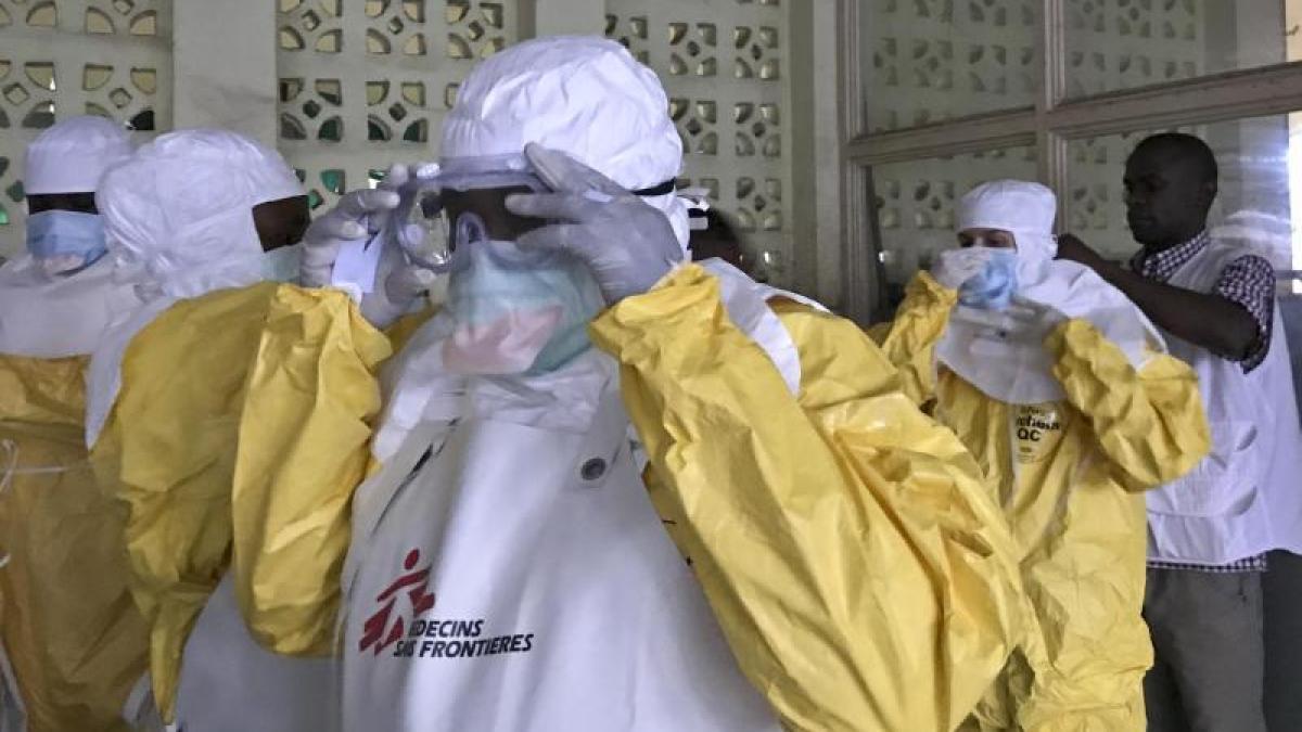 Neuer Ebola-Ausbruch: Brauchen die Helfer Schutz durch UN-Blauhelme?