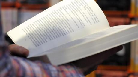Bei der Lesekompetenz von Kindern in Deutschland hapert es erheblich: Laut Stiftung Lesen hat jedes fünfte Grundschulkind Probleme.