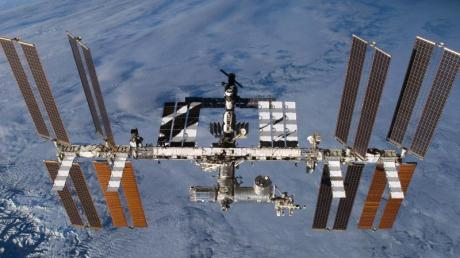 Die Internationale Raumstation ISS in der Erdumlaufbahn.