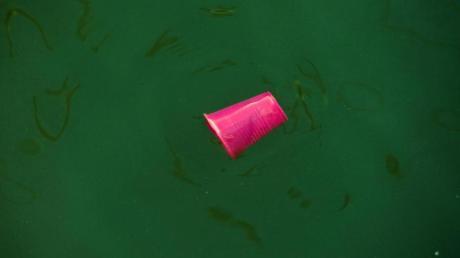 Müll in der Ostsee: Die Lage der europäischen Meere muss angesichts umfassender Probleme wie Überfischung, Klimawandel und Verschmutzung schleunigst verbessert werden, befindet die EU-Umweltagentur.