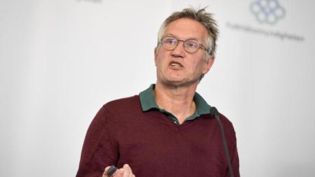Der Staatsepidemiologe Anders Tegnell bei einer Pressekonferenz.