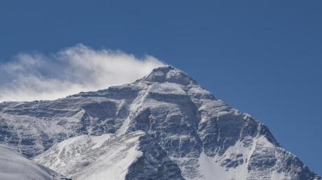 Forscher fanden selbst in der Todeszone des Mount Everest noch Mikroplastik.